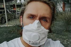 Заразившийся коронавирусом Влад Соколовский обратился к тем, кто не верит в существование болезни (видео)