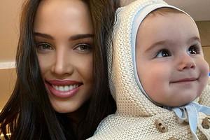 «Шилопоп»: Анастасия Решетова пожаловалась нато, что шестимесячный сын лезет вкошачьи миски (видео)
