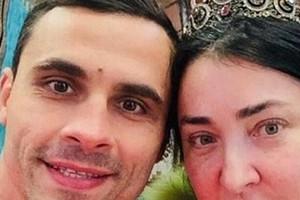Бывший муж Лолиты попал в больницу с травмой головы