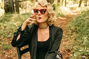 «Секреты, которые нельзя уже скрывать»: Рената Литвинова оголилась ипоказала, как делает массаж лица (видео)