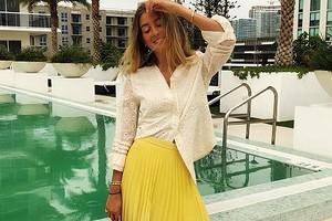 Актуальна в любое время года: с чем носить желтую юбку (36 лучших образов)