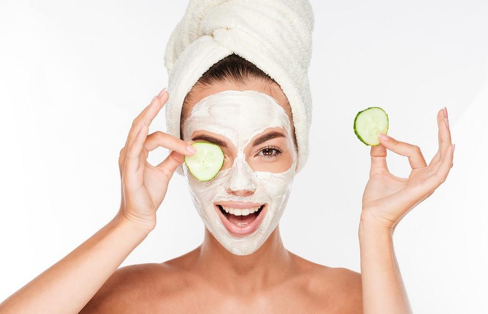 Инструкция по применению: как наносить 6 разных видов масок на лицо, чтобы они работали