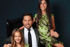«Какже быстро они растут»: Александр Ревва показал повзрослевших дочерей
