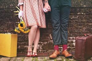 Как понять, что мужчина в тебя влюблен: 9 скрытых признаков