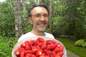 Сергей Шнуров стал генеральным продюсером международного канала RTVI (видео)