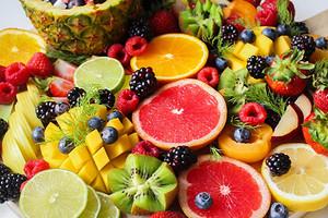 Диета на сезонных фруктах: когда и что есть, чтобы похудеть