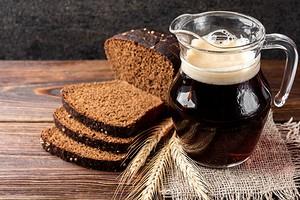 Польза и вред кваса для организма (много сахара, но есть и витамины)