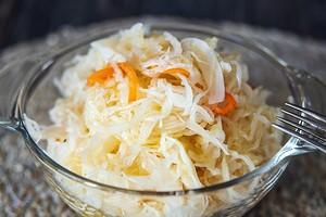 Для быстрого похудения: диета на квашеной капусте (калорий мало, витаминов много)