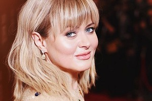 «Вот для чего нужны девочки!»: Анна Михалкова впервые показала лицо 6-летней дочери Лиды