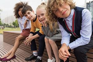 Быть в форме! Памятка по подготовке к школе родителям первоклассников (составлена стилистами при поддержке опытных мам)