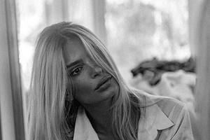 «Прощай, блонд»: Эмили Ратаковски решила избавиться отсветлого окрашивания