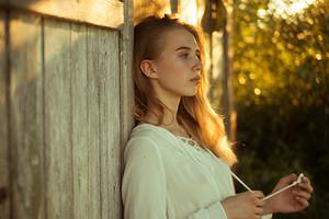 5 неочевидных признаков женщины, которая обречена на одиночество