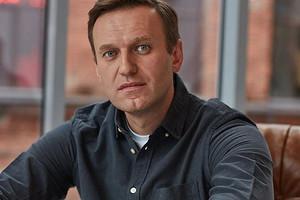 Алексей Навальный впал в кому (предположительно из-за отравления)