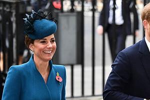 Принц Гарри сравнил дворец с тюрьмой и пожалел Кейт Миддлтон