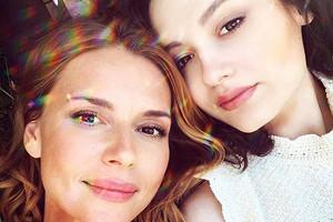 «Реально немного ведьма»: дочь Любови Толкалиной восхитилась своей мамой