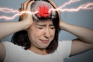 6 признаков инсульта у женщин: первые симптомы, которые мы чаще всего игнорируем