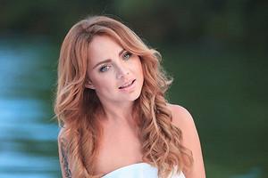 Похудевшая после болезни певица МакSим попала на видео