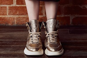 Новинка в женской коллекции обуви Geox — футуристичная модель Macaone