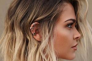 Покажи это мастеру: 6 модных женских стрижек осени 2020 на средние волосы с фото