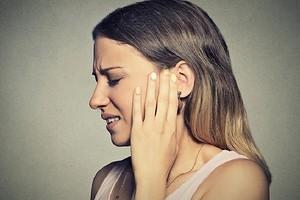 Шум в ушах: 5 главных причин по психосоматике