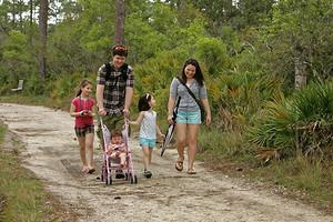 Кто в лес, кто по дрова: что делать, если в семье разные взгляды на воспитание