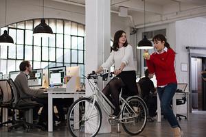 5 знаков зодиака, которые чаще всего раздражают коллег на работе