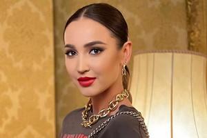 Ольга Бузова отметила день рождения в копии платья Анастасии Костенко (видео)