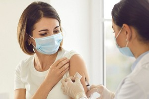 Прививка от Covid-19: что о ней нужно знать и как к ней подготовиться