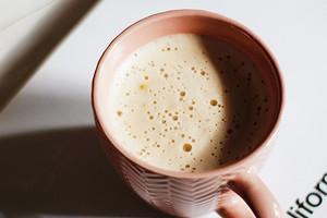 Питьевой коллаген: как его принимать и есть ли вообще в этом смысл