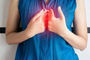 11 принципов правильного питания при изжоге, которые быстро успокоят желудок