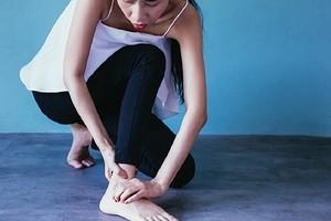 Самые первые признаки артрита, которые многие игнорируют