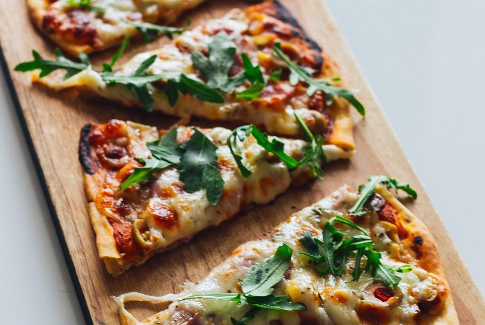 Какой сыр лучше выбрать для пиццы: 9 идеальных сортов