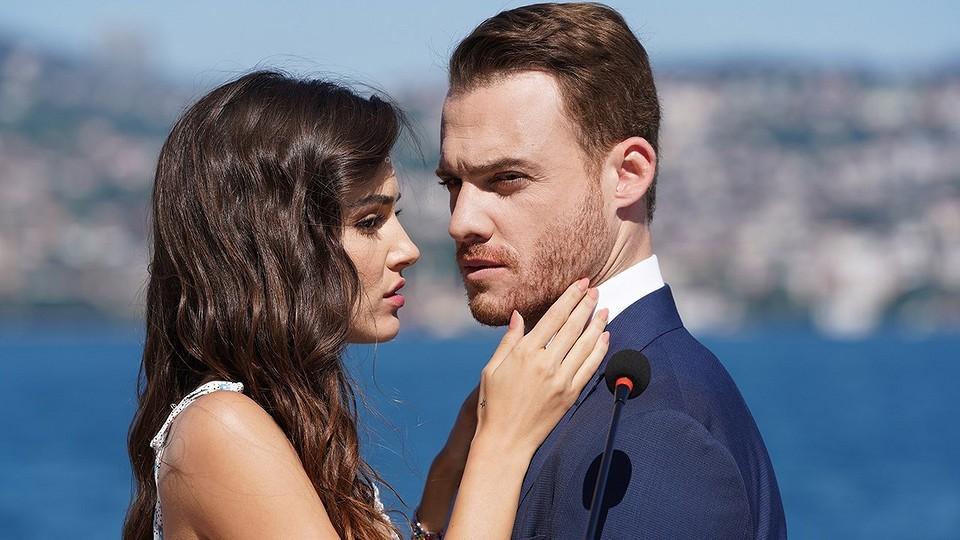 Турецкие фильмы про любовь с красивыми актерами: 10 лучших киноисторий