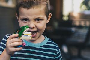 Зубные травмы у детей: какие бывают и к каким последствиям могут привести, если их вовремя не вылечить