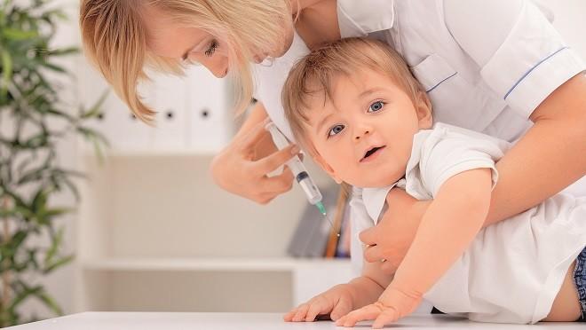 Будут ли наказывать родителей, отказавшихся ставить ребенку прививки?