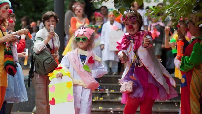 Детский инклюзивный фестиваль «Рыжий» пройдет в Саду «Эрмитаж»