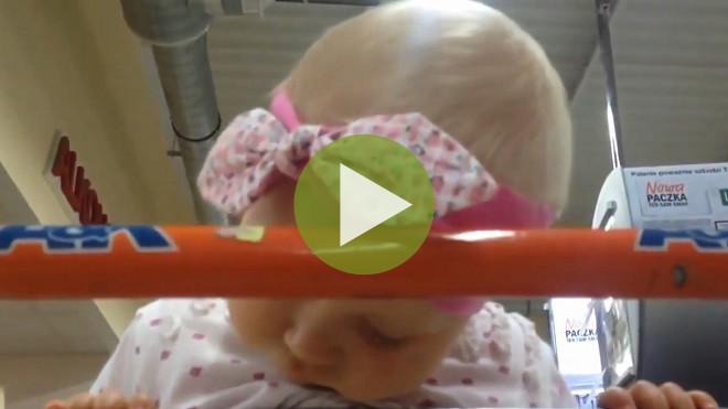 Видео: «Как же спать хочется!»