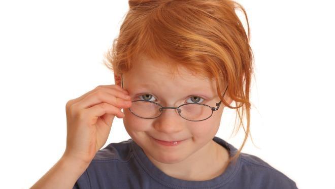 Малышам с нарушением зрения вручили «говорящие» книжки