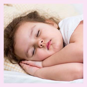 Как научить спать ребенка по ночам