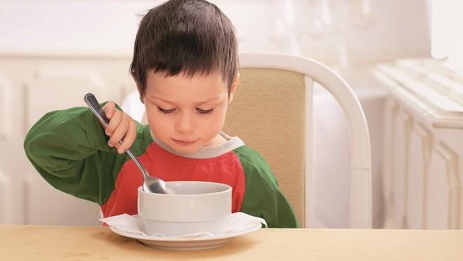 Перекармливание ребенка может принести вред