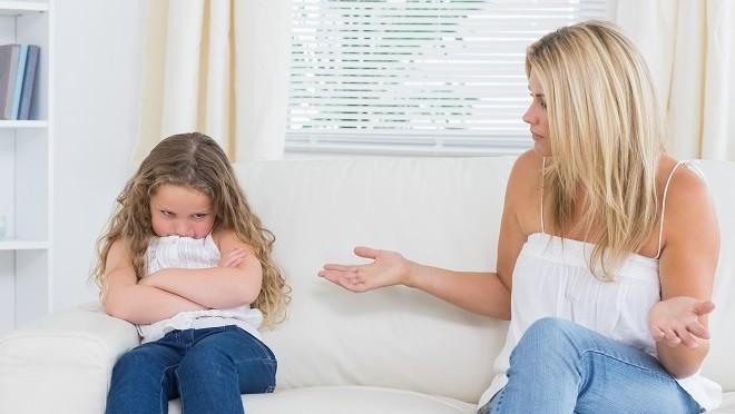 10 фраз родителей, которые вырабатывают у ребенка комплексы