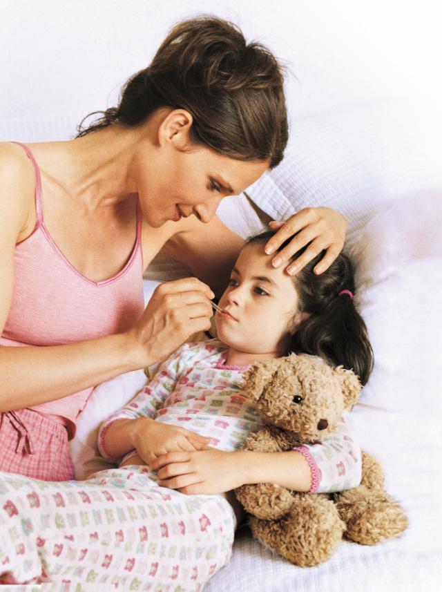 Первая помощь при простуде у ребенка