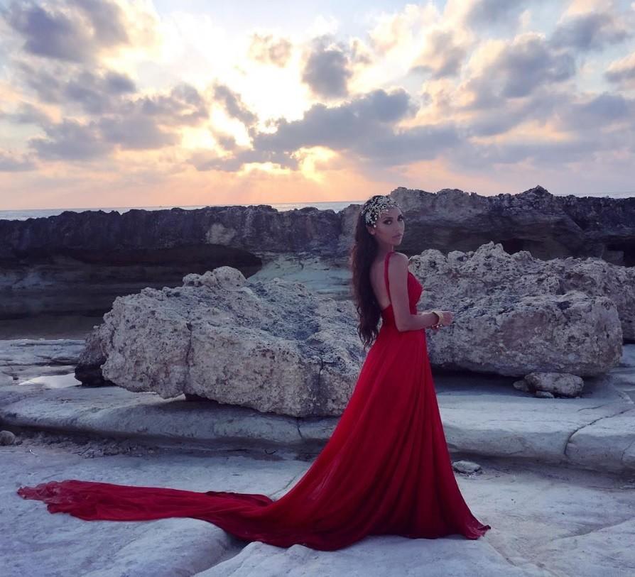 Самый популярный цвет 2016 года: звезды в красном