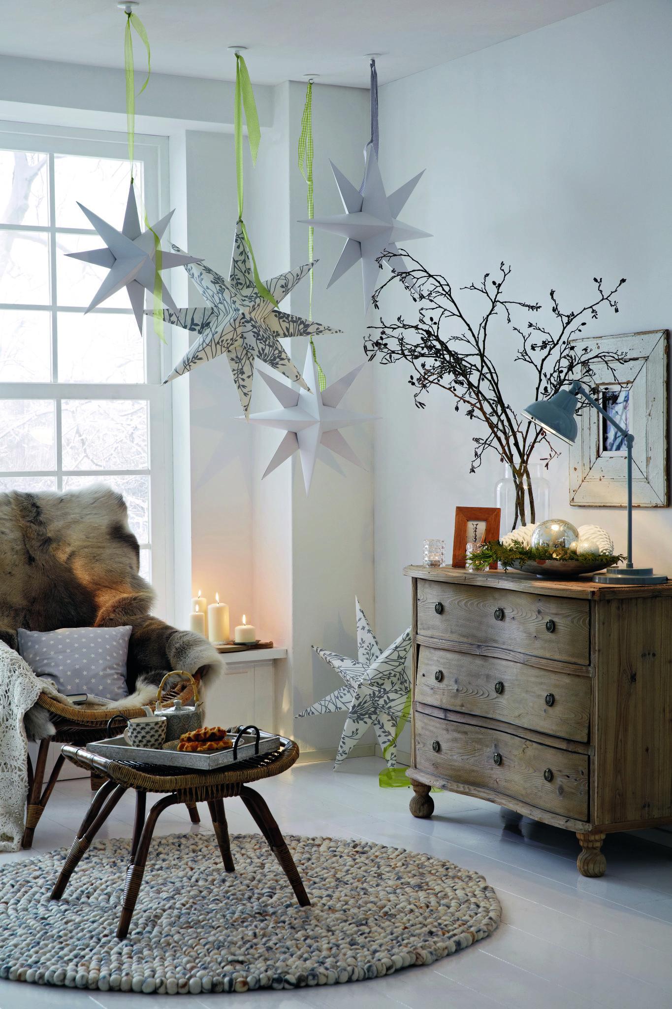 Мастер-класс: новогодние звезды из бумаги
