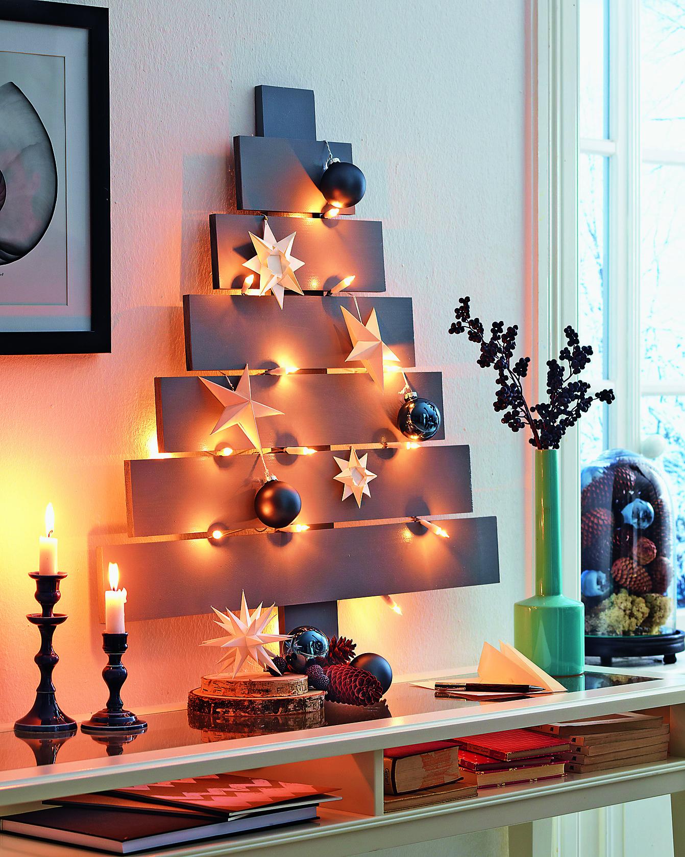 Необычная елка в минималистичном стиле