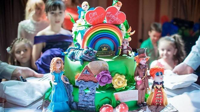 Звезды со своими детьми участвовали  в Fashion-марафоне «От сердца к сердцу» (фото)
