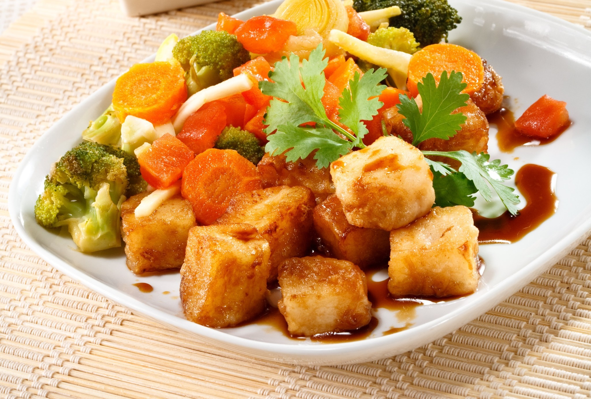 Сыр тофу с брокколи