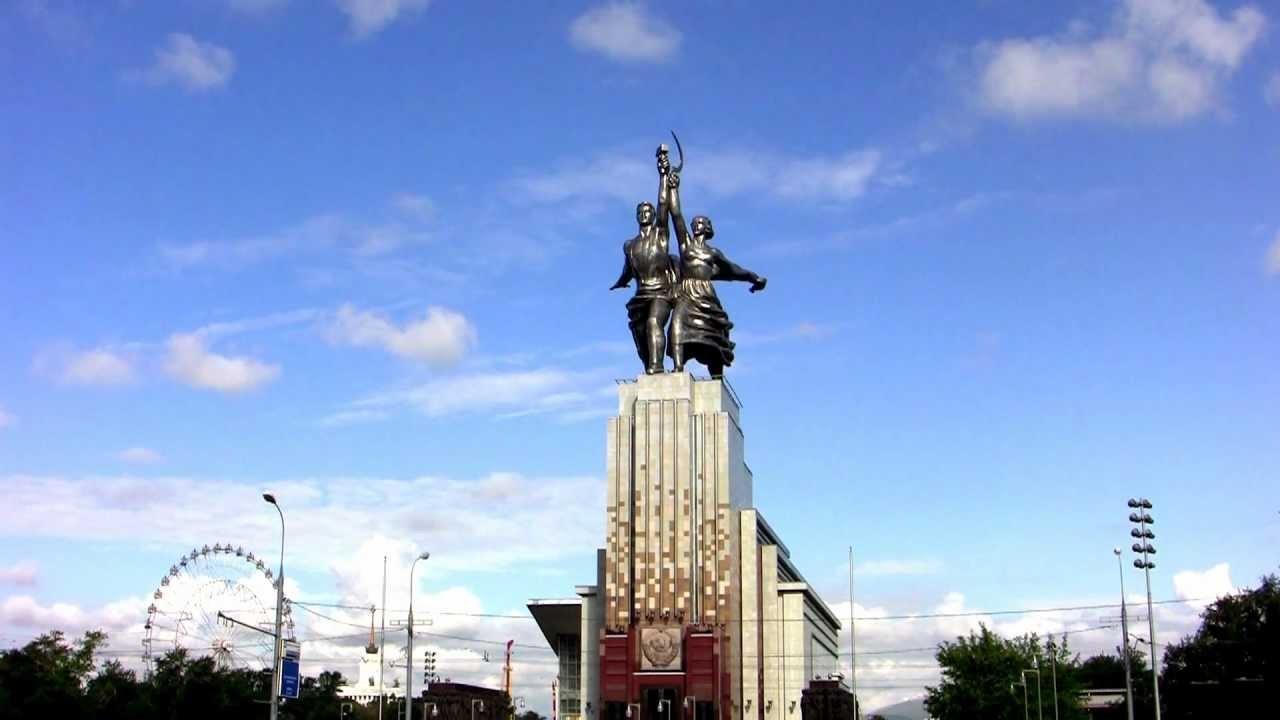 Вера Мухина: история автора монумента «Рабочий и колхозница»