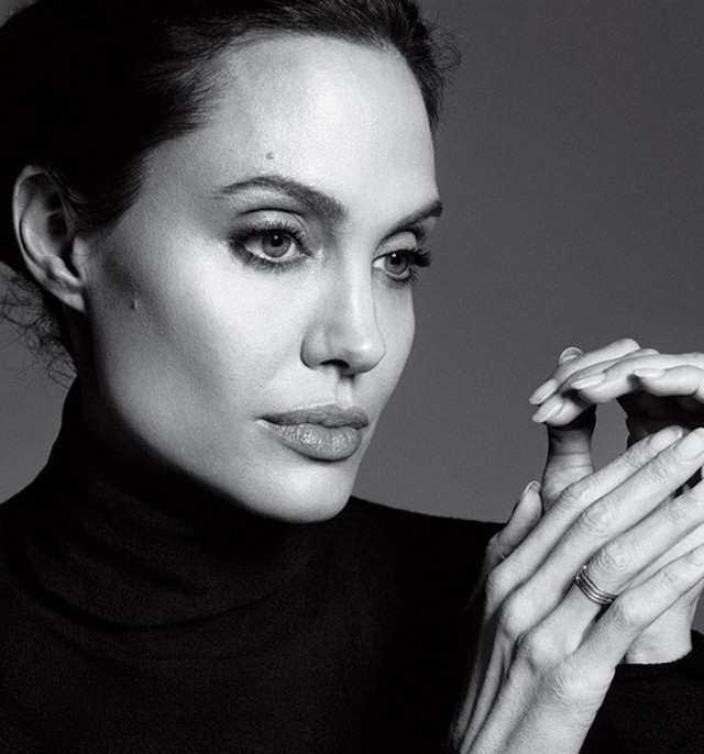Родные переживают за жизнь Анджелины Джоли, похудевшей до 34 кг