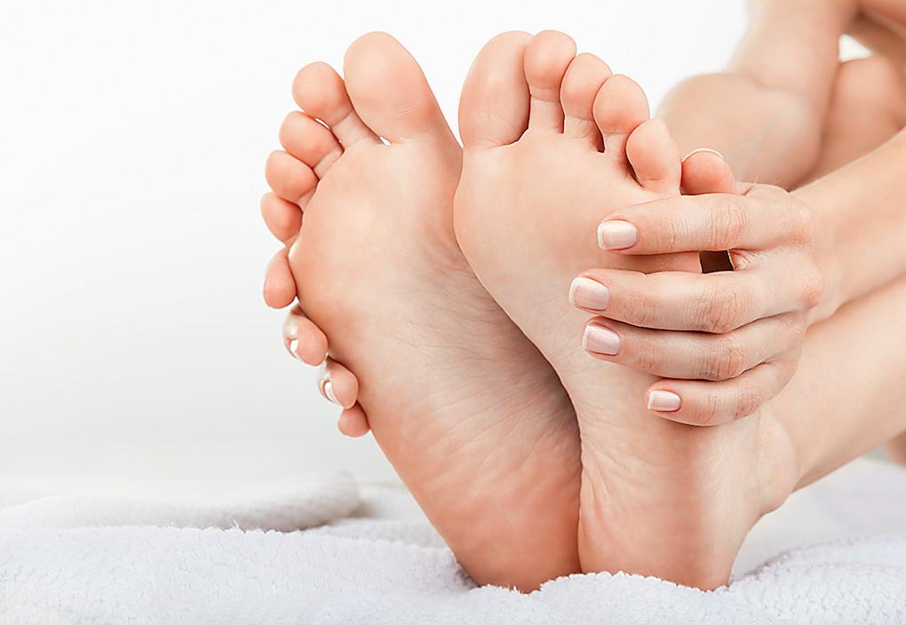 Гимнастика для стоп: 5 упражнений помогут избежать плоскостопия